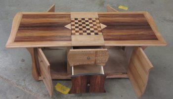 Table basse merisier et placages